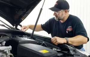 DowneastAutoBody | Service Department | Working on Vehicle